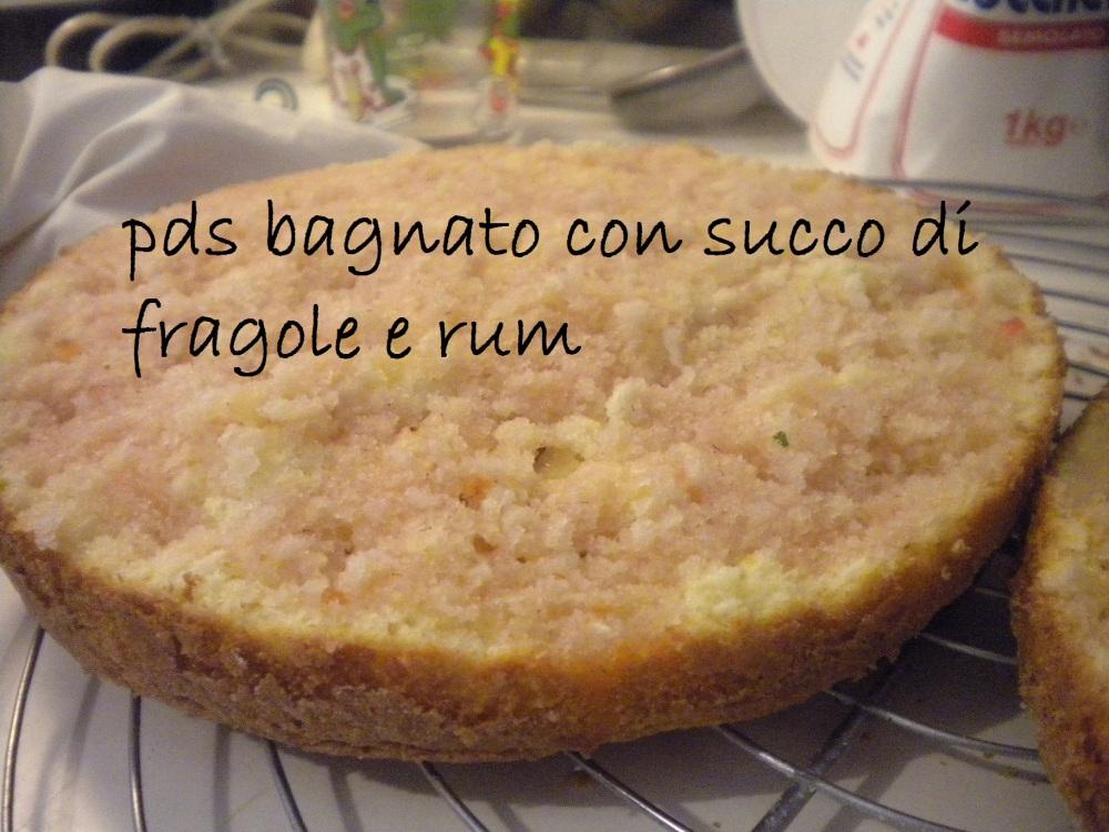 Torta fragolosa per il compleanno della mia Tesora! (4/6)