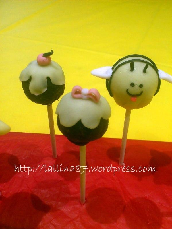 cake pops (12)