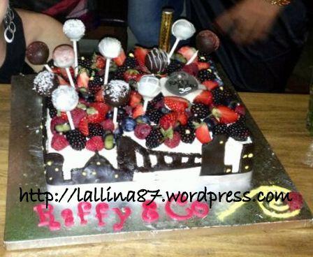 torta skyline e frutta raffy